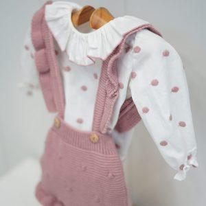 Camisa blanca de lunares rosa