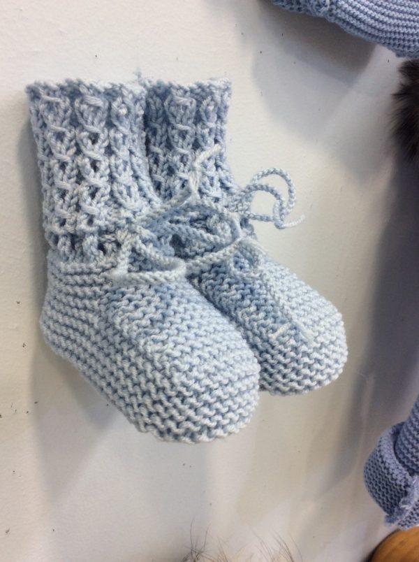 Botitas de lana cordón
